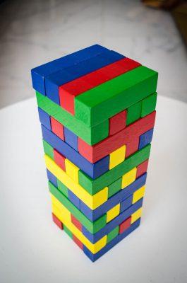 trò chơi rút gỗ màu