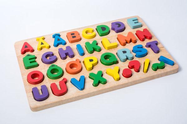 bảng chữ cái tiếng việt rời đồ chơi gỗ cho bé