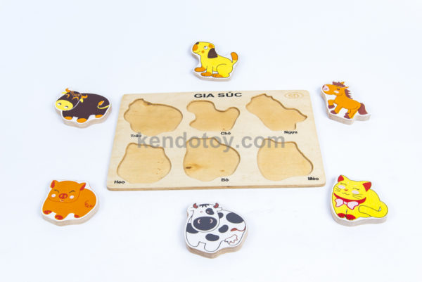 đồ chơi trẻ em nhận hình gia súc