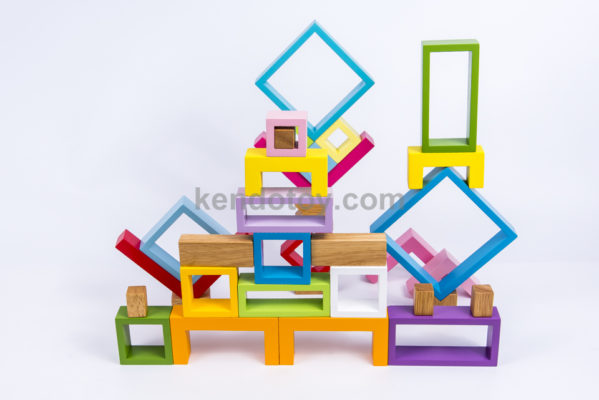 đồ chơi gỗ khung xếp hình đa sắc