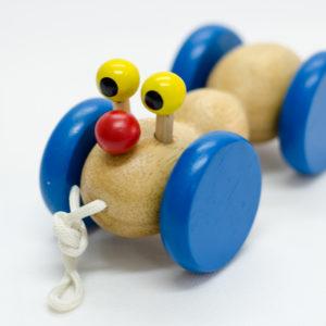 đồ chơi gỗ cho bé vận động con kiến vàng
