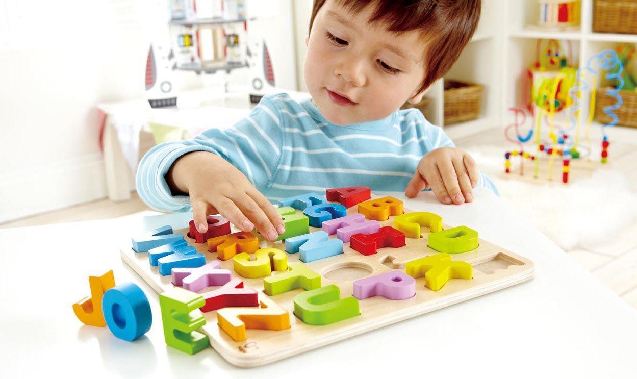Đồ chơi trẻ em bằng gỗ cho bé an toàn
