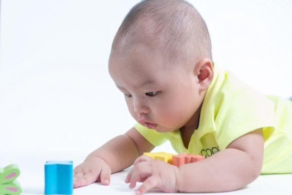 đồ chơi cho trẻ bằng gỗ