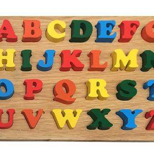 Bảng chữ cái Tiếng Anh nhận dạng bằng gỗ