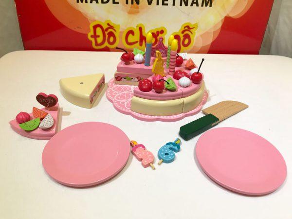 Bánh kem sinh nhật đồ chơi gỗ