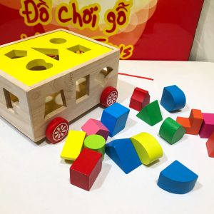 Xe kéo thả hình khối bằng gỗ