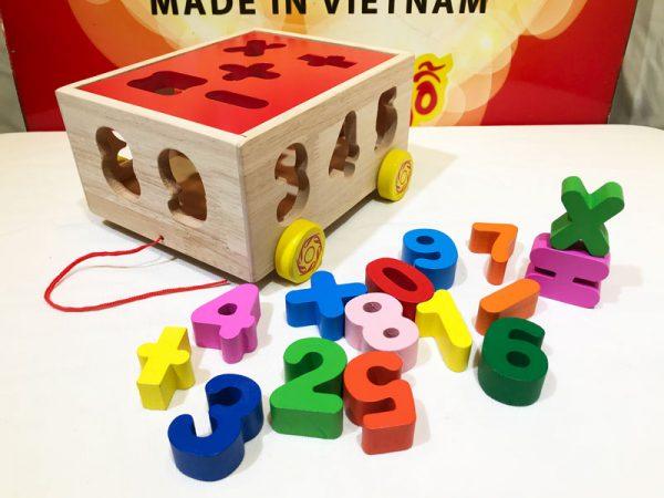 Xe kéo thả số đồ chơi bằng gỗ thông minh